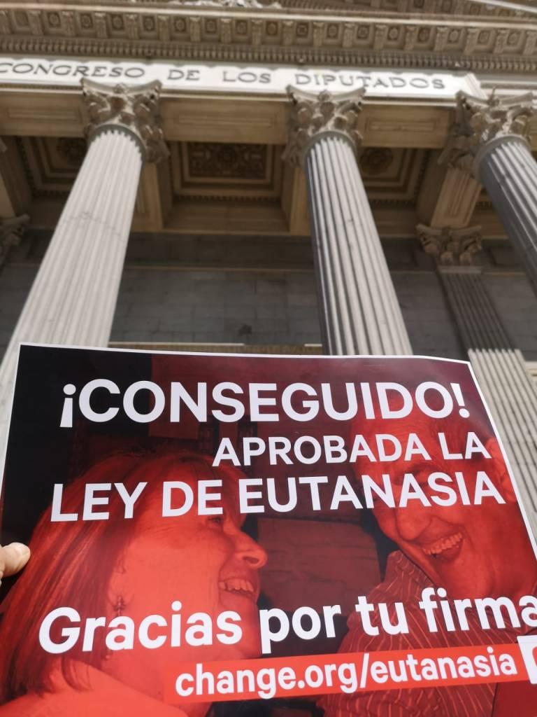 Conseguido Aprobada Ley Eutanasia España